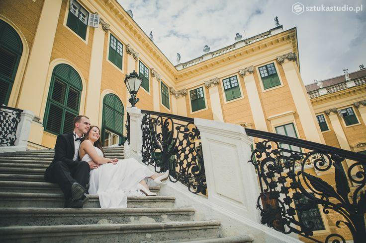 wedding session - Vienna Schonbrunn gardens. www.sztukastudio.pl #vienna #wedding #photography