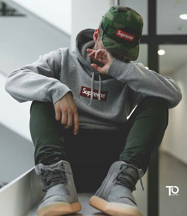 WEBSTA @trillestoutfit Rate this fit 1 - 10 | Via @beststreetoutfit Trillest outfit by @philippsei Hoodie: supreme Pants: kith Shoes: yeezy boost 750