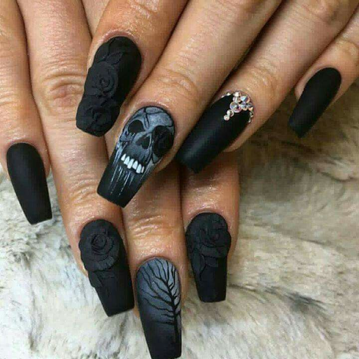 Black and Gray skull and rose nails