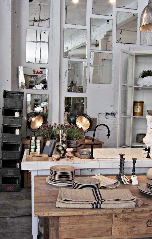 Pop-up store vintage et industriel à Madrid ... photos Crazy Mary