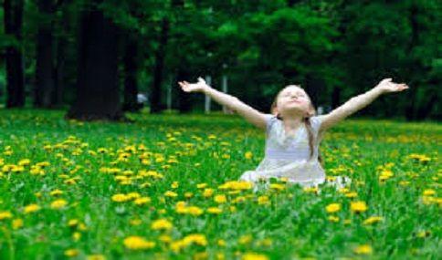 Acredito fortemente que tudo o que me permita desenvolver como ser humano, pessoal e espiritualmente é algo de muito precioso e é um processo que nunca pode acabar.  http://angelasilvestre.com/e/blog-3-dicas-para-transformar-a-atitude-negativa-em-positiva