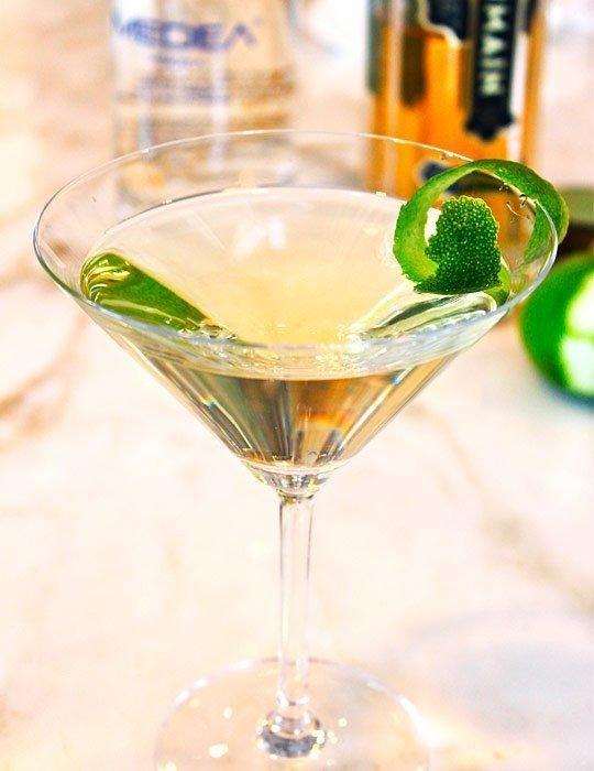White Cosmo Cocktail | Recipe