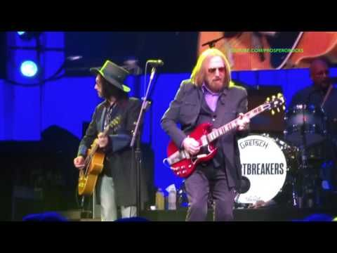 TOM PETTY & THE HEARTBREAKERS LIVE AT PRUDENTIAL CENTER NJ JUNE 2017 - YouTube