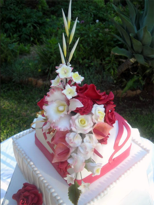wedding cakes bulawayo zimbabwe s own cake guru majelita fidler makes the most 23971