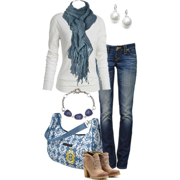 A fashion look from December 2012 featuring hauts à manches longues, jeans à pois et bottines. Browse and shop related looks.