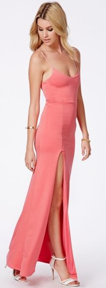 20% off all maxi dresses at Missguided get this one now with this voucher code: http://www.vouchercodespro.co.uk/missguided?utm_source=pinterest#id=264366