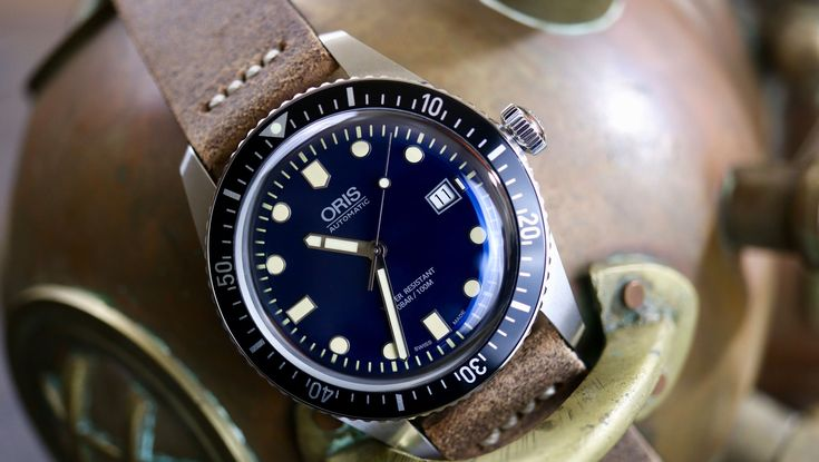 Check out WatchReport latest review on the Oris Divers Sixty-Five.  For this month only: Timeless Luxury Watches and Watchreport have come together to offer a special 15% discount, good for one month from the date of this publication. That would bring this leather strap version, as well as the rubber and Nato strap models down to $1,691.50.  https://www.watchreport.com/oris-divers-sixty-five-hands-watch-review/ #luxury #shit #gold #toilet