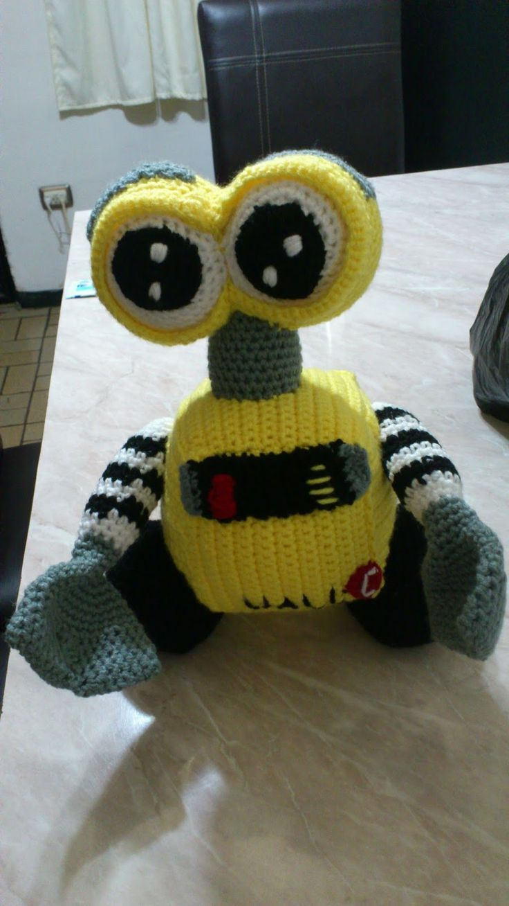 best 25 wall e eva ideas only on pinterest wall e eve wall e amigurumi wall e patron gratis en espanol aqui http novedadesjenpoali