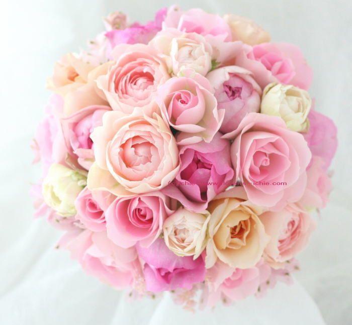 ブーケ ふたつの丸いブーケ 白とピンク : 一会 ウエディングの花