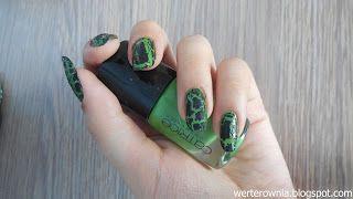 zielono-czarne paznokcie, pękające paznokcie #werterownia