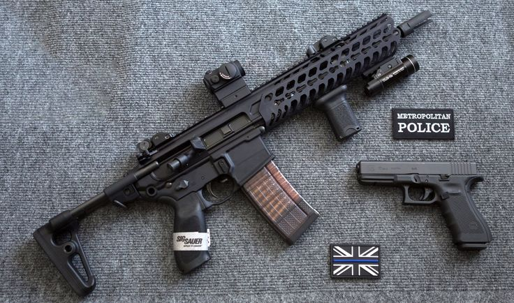 The London Metropolitan Police recently adopted the SIG SAUER MCX in 5.56mm. The configuration the chose was on display in the Edgar Brothers booth and we got a photo. As we understand it, the G36s in service will remain but will eventually be pushed to other LE organizations. Interest in the .300 variant of the MCX grows but the caliber must still be certified for LE use in the UK.