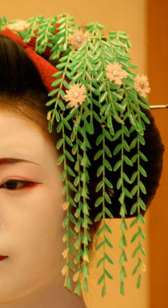祇園舞妓さんGIONMAIKO6月の花かんざし