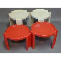 Kartell - Stoppino - table gigogne rouge et blanche design #table #gigogne #basse #Kartell #Stoppino #blanche #rouge