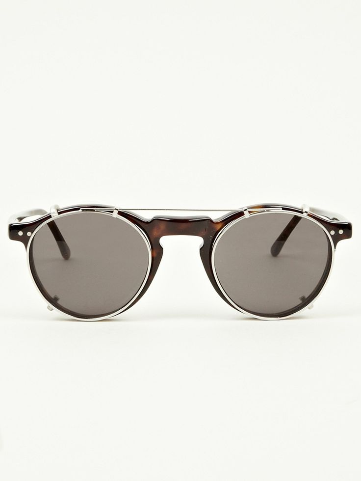 RayBan sunglasses outlet ,deep discount , top quality,always perfect with any simple outfit 13.88.If you get these ,you will never go out of style