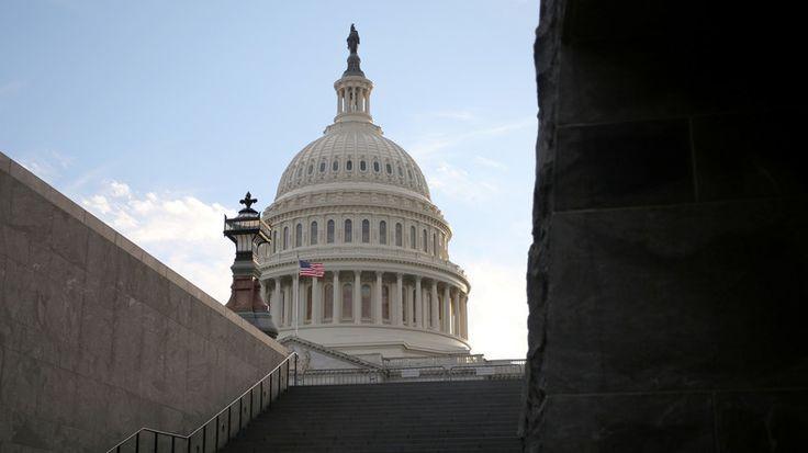 USA : la Chambre des représentants adopte des sanctions contre la Russie, l'Iran et la Corée du Nord  ALLER VOUS FAIRE FOUTRE VOUS ETES LES DÉBILES DU MONDE  LA PLANÈTE N'APPARTIENT PAS AUX FOUS