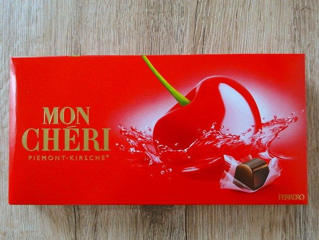 Mon Chéri, Piemont-Kirsche from Ferrero. Delicious. #sweets #food