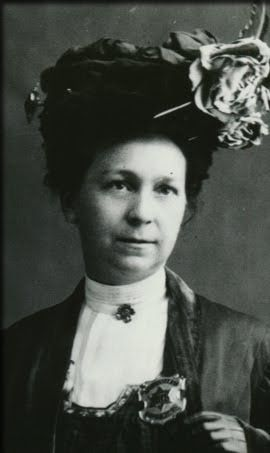 Alice Stebbins Wells, the world's first female police officer. GENDER ROLE: A set of behavior norms for males and females. Gender roles vary with culture and vary with time. Gender roles have changed dramatically in the past half-century.
