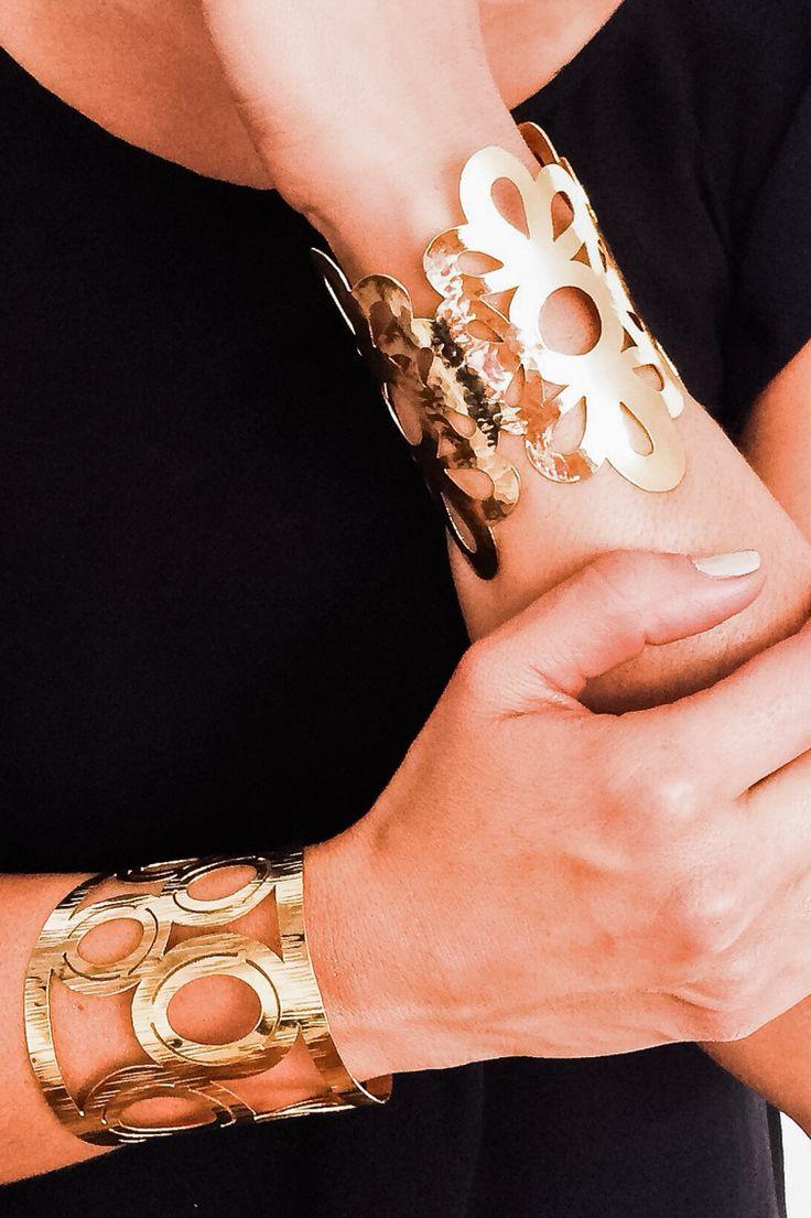 Like diamonds, bracelets are for ever!  Brazaletes en oro laminado Piel Argenta Accesorios  Instagram @piel_argenta Facebook @pielargenta  #pielargenta #bracelets #brazaletes #accesorios #bisuteria #pulseras #hechoamano #hechoencolombia