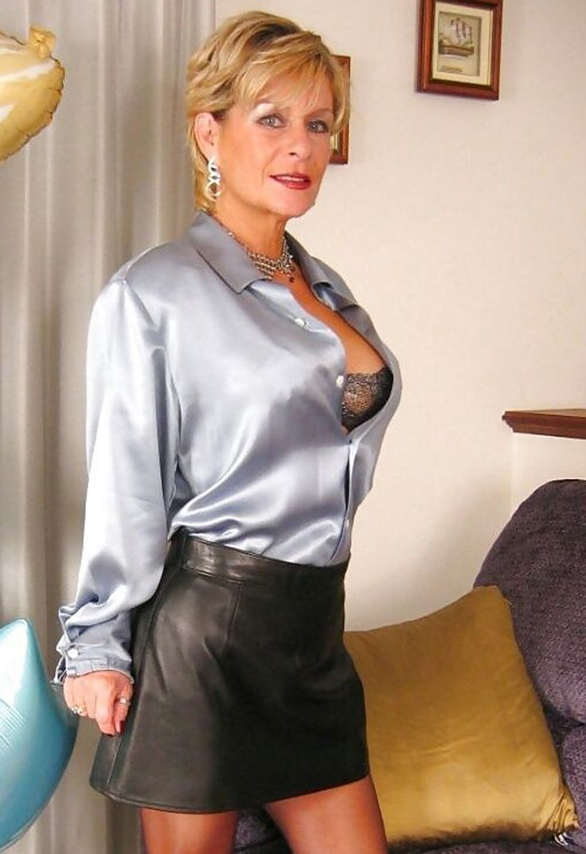 sexy pics of older women