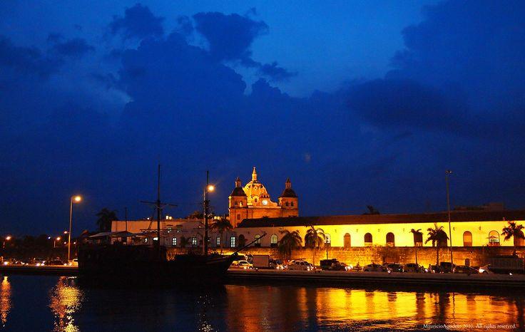 Bahia de las Ánimas con Baluarte de San Ignacio - Fortificaciones - Cartagena de Indias, Colombia