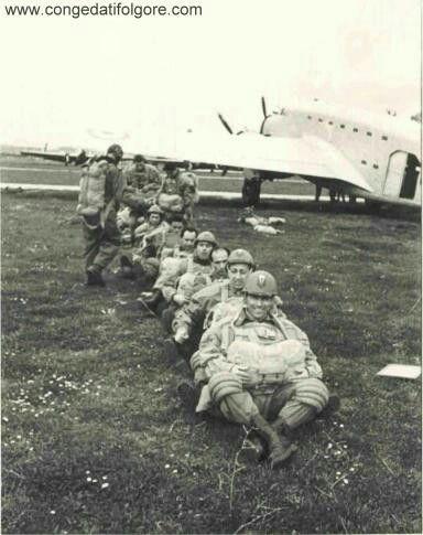 Italian paratroopers 1942 - Savoia Marchetti SM 82