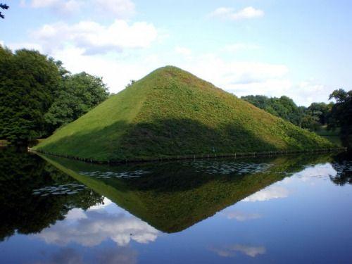Unique The burial pyramid of Hermann von P ckler Muskau German nobleman and landscape gardener