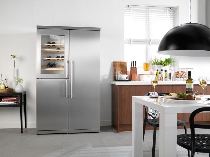 #Atag inbouw koelkast #KA2411DW uitgevoerd met ruim koelgedeelte achter de rechter deur, vier