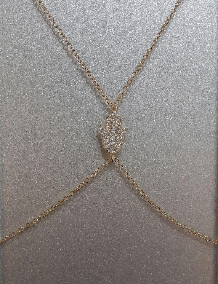 Único en su estilo, anillo-pulsera de Plata con baño de Oro de 18K y motivo de mano de Fátima. #joyeria #jewelry #plata #bañodeoro #beautiful