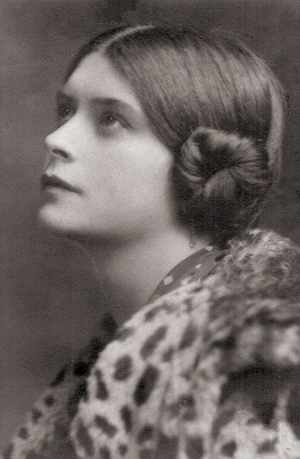 Sofka Skipwith Russia, United Kingdom - The Russian princess who saved Jews while she was incarcerated in the Vittel camp in France. #WomensDay #wmnhist