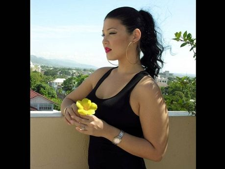 Tessanne Chin. Beautiful voice, smile, and body