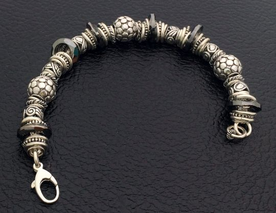 Can you believe its handmade!? Sterling Silver & Swarovski Crystals http://etsy.me/1MoBYKO