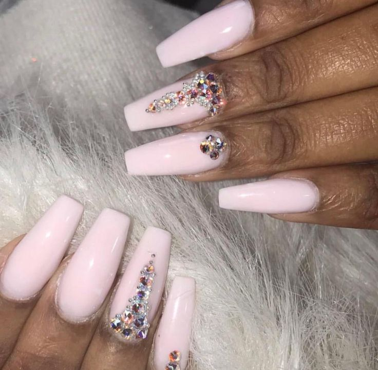 This Set Is Gorgeous By: Kiki Pinterest : Hair,Nails, And Style