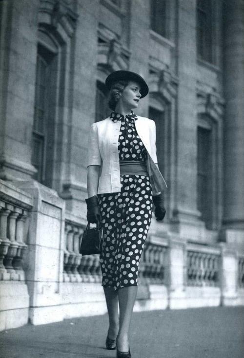 Polka Dot Dresses: 1930s polka dot dress