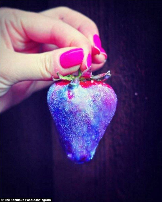 Good enough to eat: Another food blogger posted a picture of her galaxy-themed strawberries coated in white chocolate