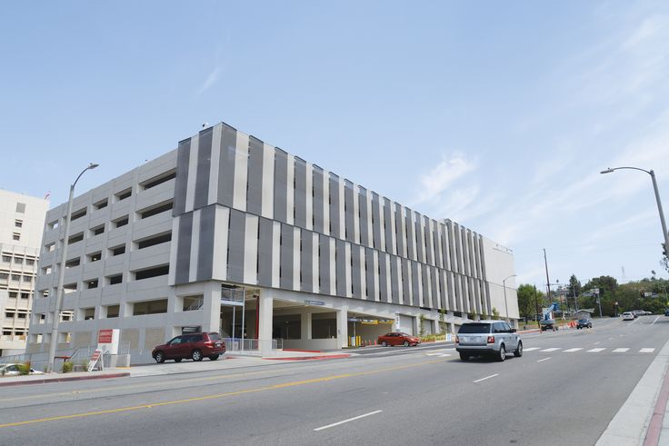 Loma Linda University, San Bernardino. Facade by Kaynemaile architectural mesh. Great for airflow and solar protection.