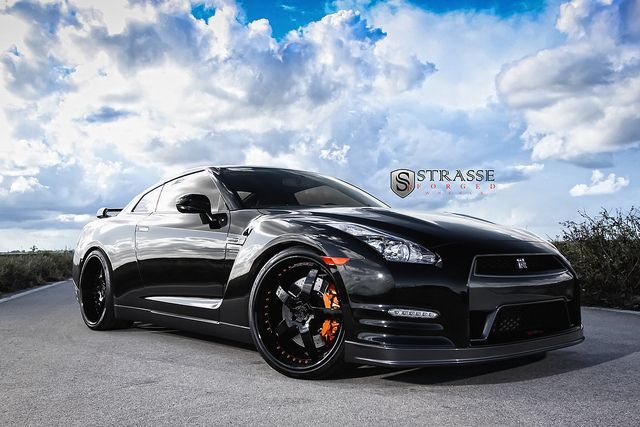 Strasse Forged Nissan GTR by Raymond N