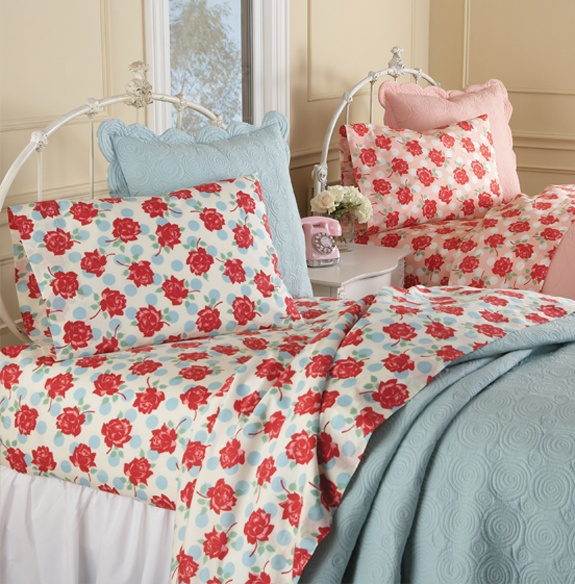 Some of the cutest sheets I've ever laid eyes on.