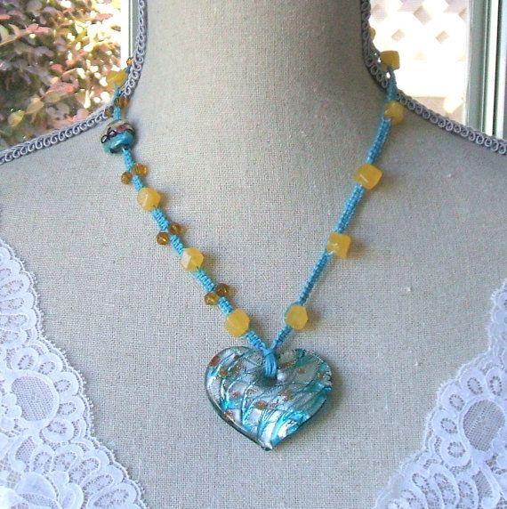Turquoise macrame gouden calciet halsketting  gele calciet