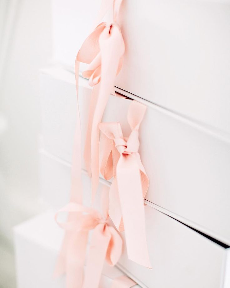 Pretty pink ribbons and giftboxes at the Rime Arodaky showroom in Paris - Arctic Vanilla blog.