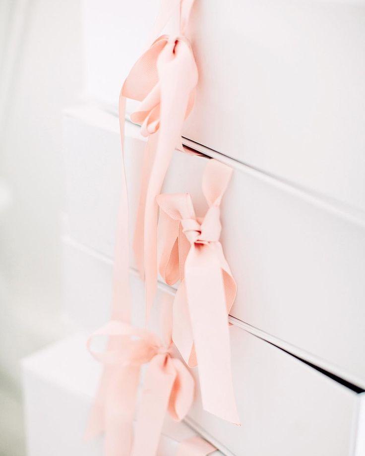 Pretty pink ribbons and giftboxes at the Rime Arodaky showroom in Paris - Arctic Vanilla blog.