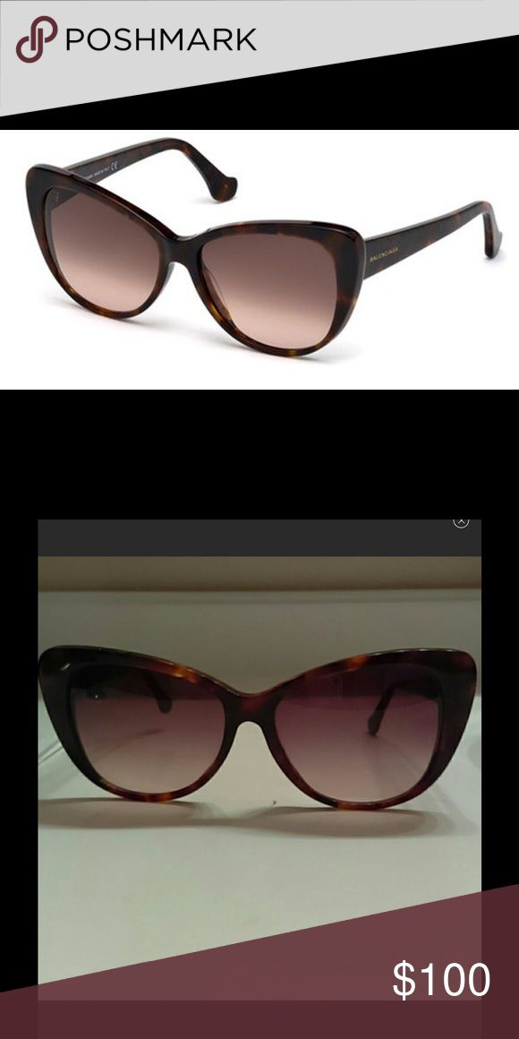 New balenciaga cat eye sunglasses ba0016 Havana tortoise color rose shades new never worn comes without the balenciaga case but a case will be included.  New without tags. Comes with certificate of authenticity and a name brand sunglasses hard case. BRAND NEW.....NEVER WORN Balenciaga Accessories Sunglasses