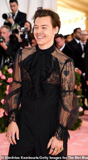 3971afdd3 Met Gala 2019: Harry Styles wears HEELS, one earring and sheer shirt |  Gender bend | Harry Styles, Harry edward styles, Style