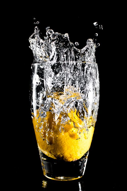 The splash is captured really well and the colours are ideal as the background is black, thus, they are more vivid.