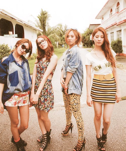 Sooyoung, yoona, yuri and seohyun