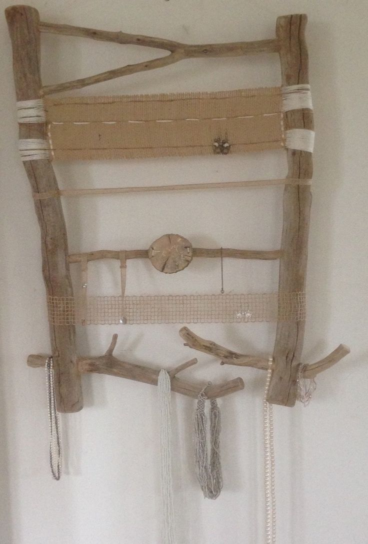 Présentoir à colliers, bracelets, bagues sur bois flottés insérés, toiles de jute : Presentoir, boîtes par arabesques-et-monogrammes
