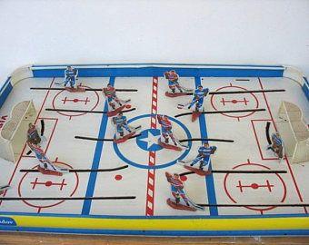 Vintage Tudor-Hockey-Spiel Modell #700 Spielzeug für jungen Tabelle oben Ice Hockey Sport Dekor Mann Höhle
