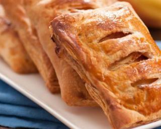Feuilletés express aux restes de ratatouille : http://www.fourchette-et-bikini.fr/recettes/recettes-minceur/feuilletes-express-aux-restes-de-ratatouille.html