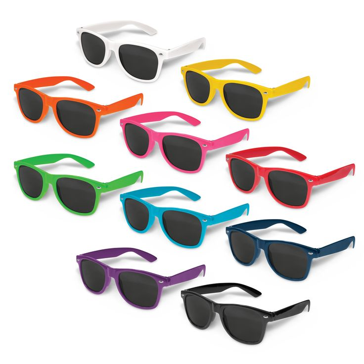 Retail quality fashion sunglasses with a tough impact resistant polycarbonate frame and arms. Fitted with CE standard 100% UV 400 lenses which provide both UVA and UVB protection.
