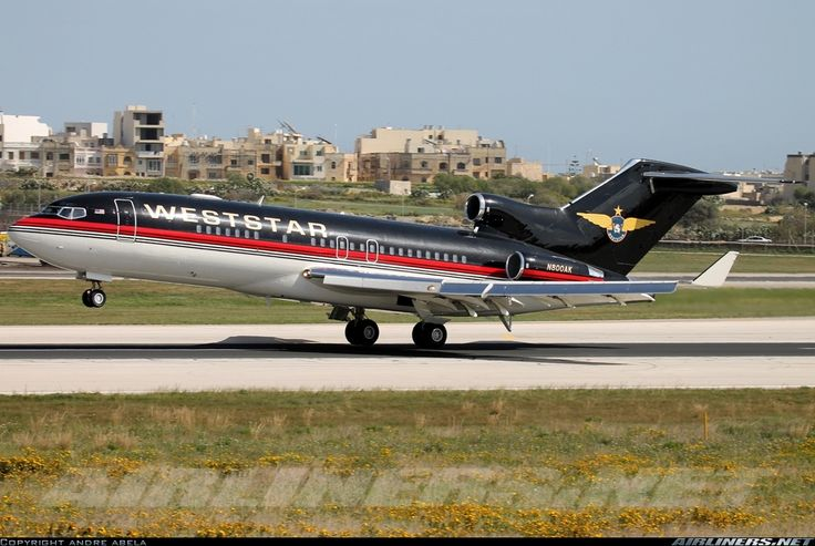 Boeing 727-23(Q), Weststar Aviation, N800AK, cn 20045/596, first flight 25.6.1968 (American Airlines). Foto: Luqa, Malta, 25.2.2016.