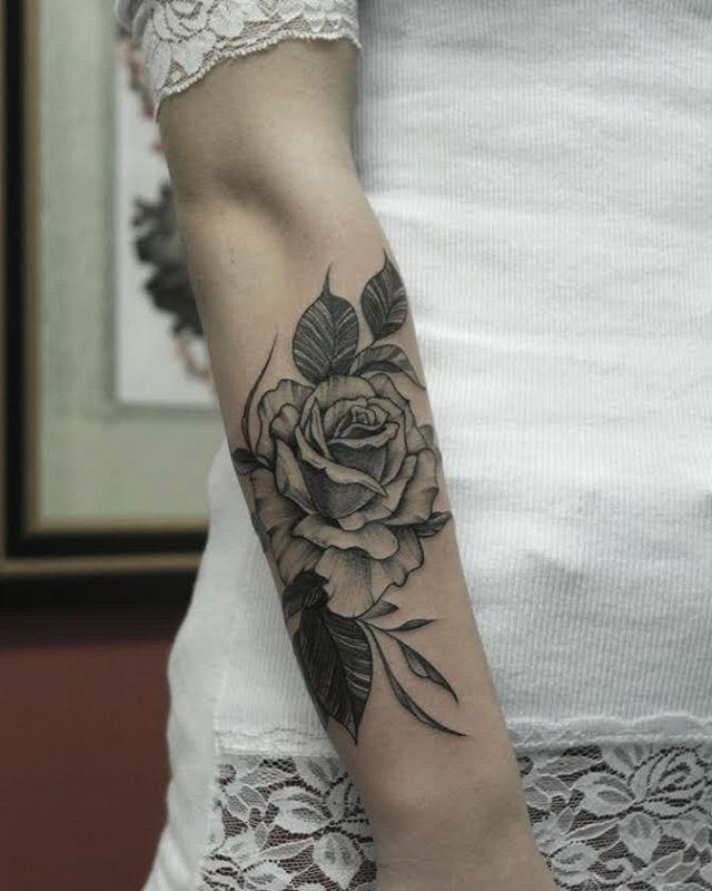 Tatuagem feita por @marquinhoandretattoo  Marquinho André Tatuador→Blackwork/Simetria.  Contato: marquinhoandre@yahoo.com.br VERANI TATTOO- Porto Alegre-RS.  www.facebook.com/marquinhoandretattoo
